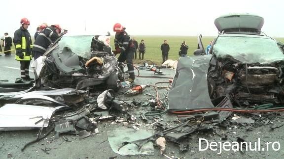 Accident pe DN 1C in localitatea Livada, in urma impactului, 4 persoane si-au pierdut viata  FOTO