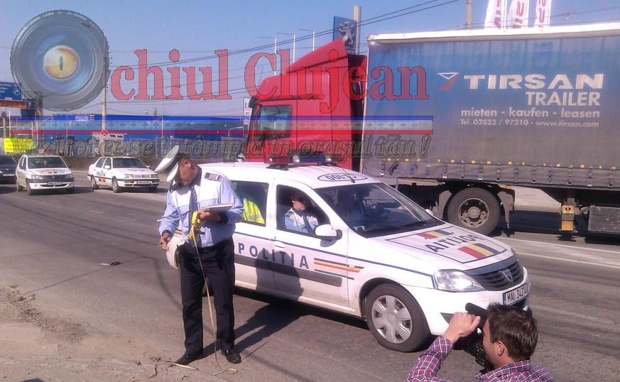 Un barbat s-a rasturnat cu ATV-ul pe Calea Turzii FOTO