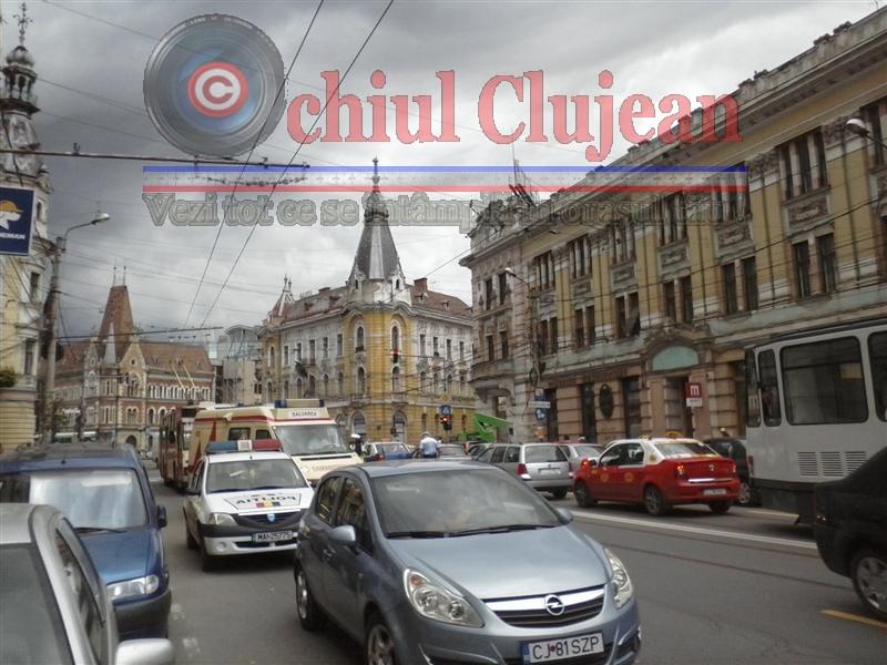 Accident pe strada Horea din Cluj! O femeie de 40 ani a fost lovita de masina