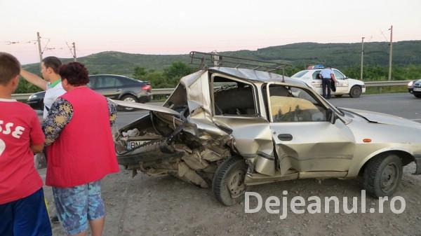 Accident in Livada! Trei autoturisme au fost implicate FOTO