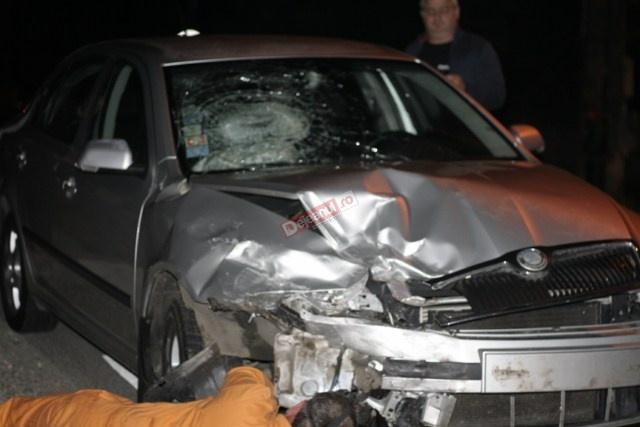 Accident in Urisor! Doua autoturisme implicate FOTO