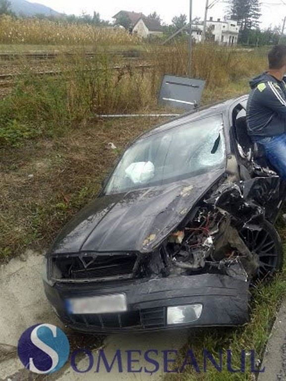 Accident in Livada! Doua autoturisme implicate FOTO-VIDEO