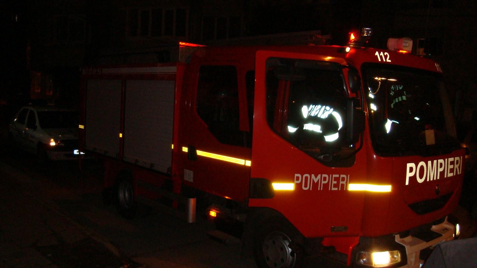 Incendiu autobază Cluj-Napoca. Un autobuz a fost cuprins de flăcări