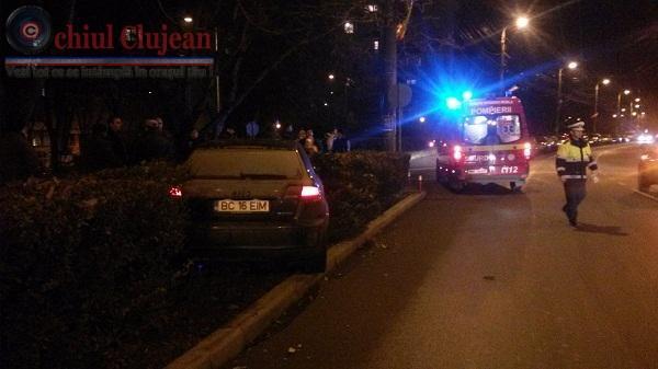Accident in Cluj-Napoca! O tanara lovita in plin de un autoturism pe strada Unirii FOTO