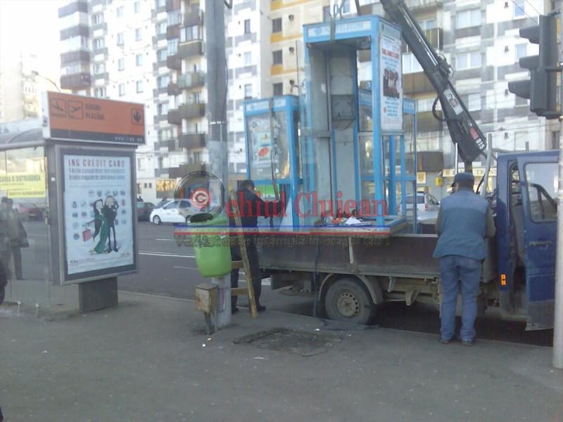 ROMTELECOM FARA TON! Cabinele TELEFONICE ridicate la Cluj FOTO