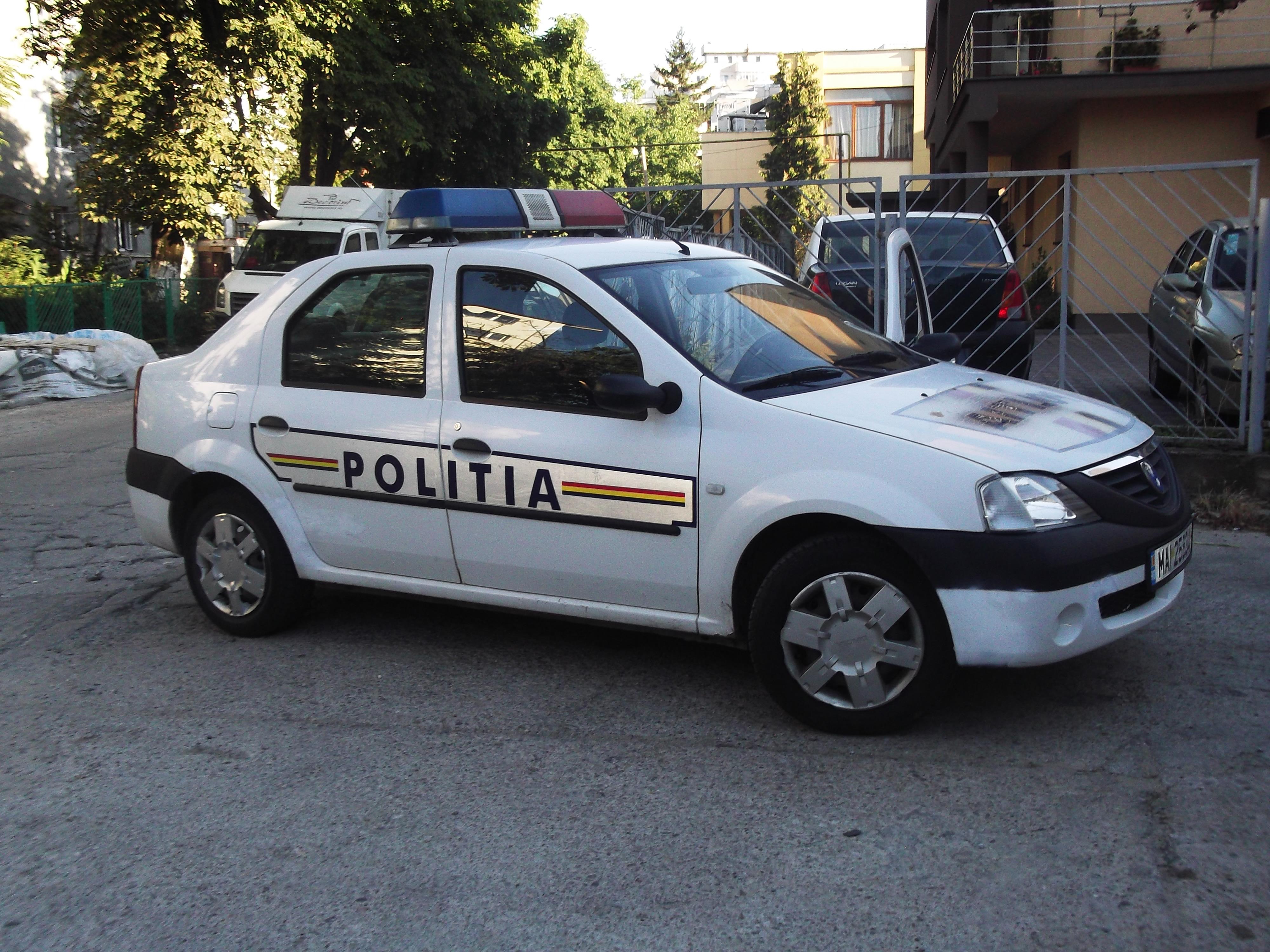Percheziţie domiciliară în comuna Feleacu efectuata de politisti