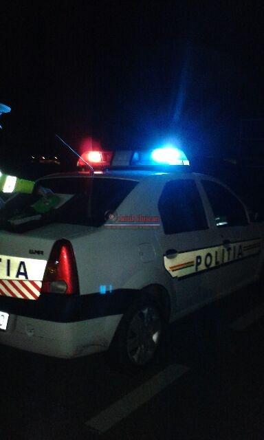 Accident cu doua masini in Floresti. Trei persoane au fost ranite
