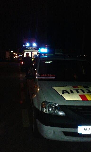 Accident la Dej! Impact intre un TIR si un autoturism. Doua persoane au fost ranite FOTO