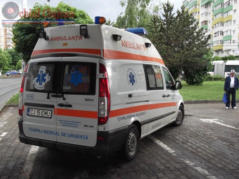 Accident in Zorilor! Barbat accidentat de un autoturism in timp ce traversa strada prin loc nepermis