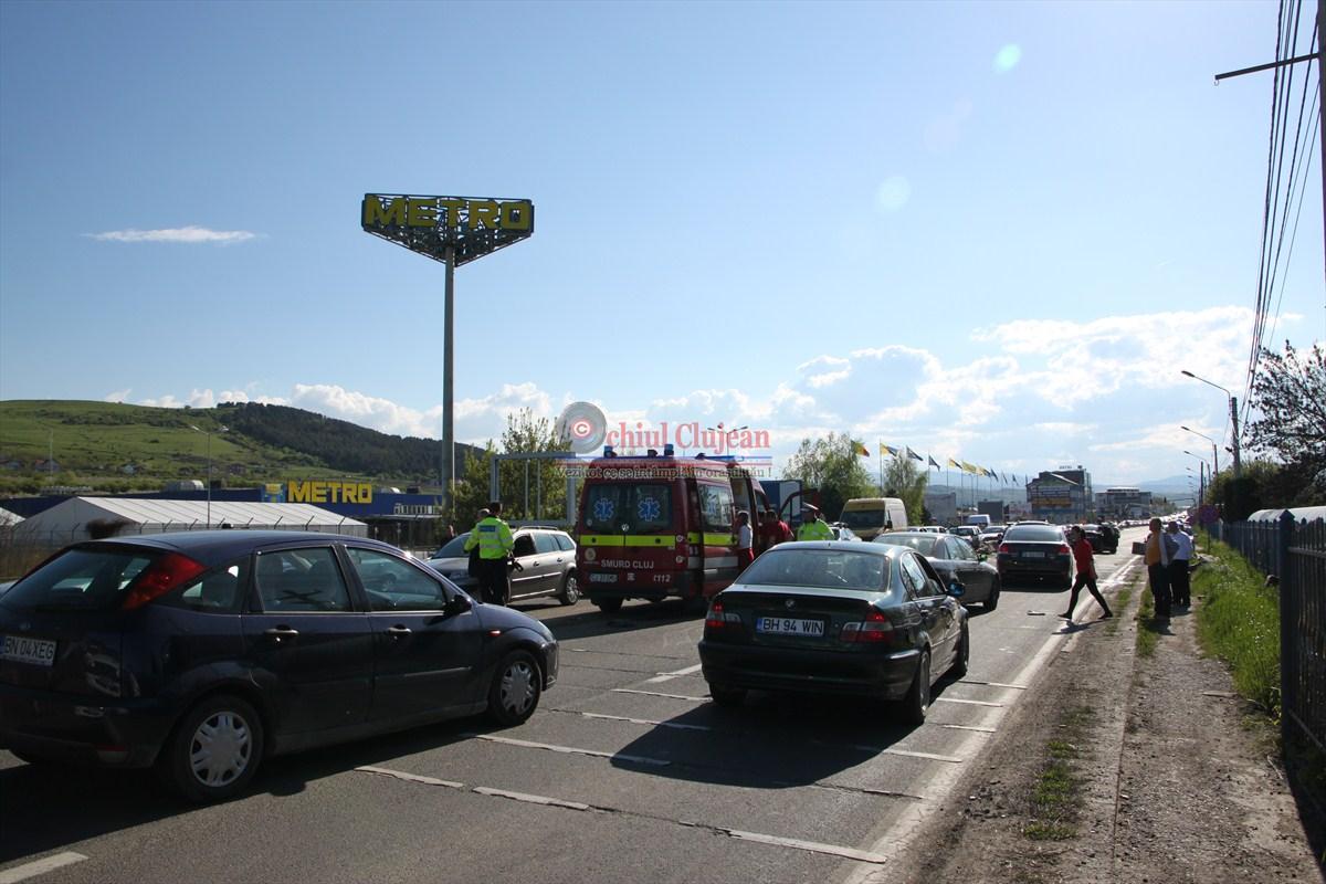 Accident grav în Floreşti! Trei persoane rănite printre care şi un copil de 10 luni
