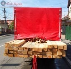 Material lemnos de 15000 de lei, confiscat de către poliţişti FOTO