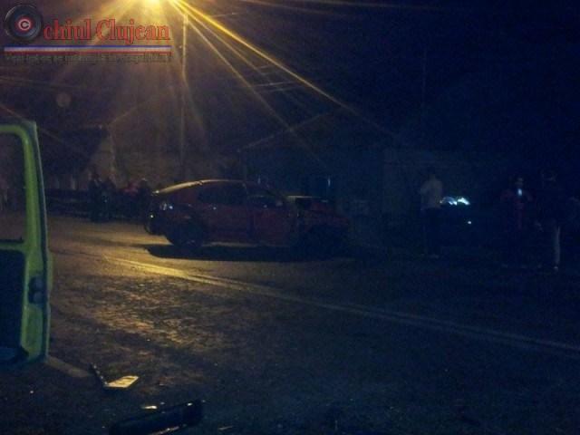 Accident la Dej! Impact intre un autoturism si un microbuz .Trei persoane au fost ranite VIDEO