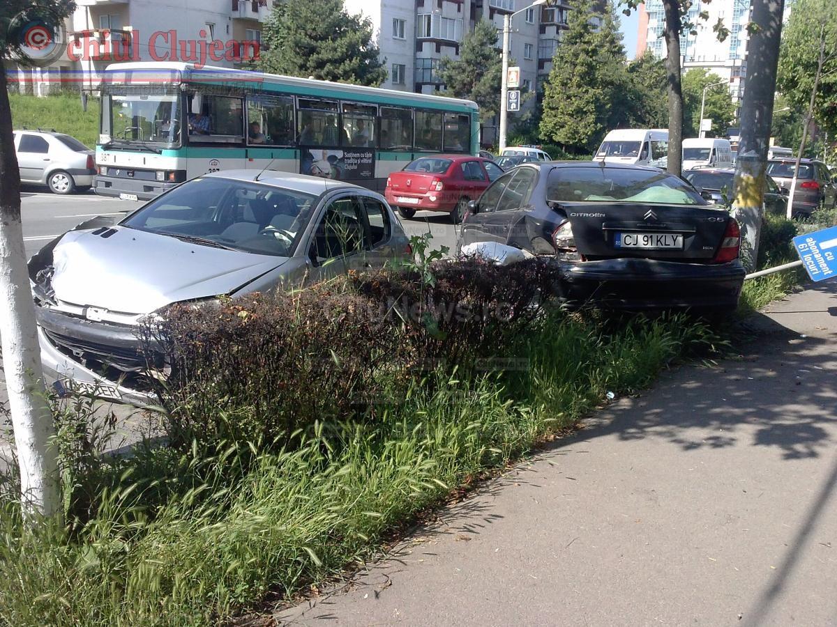 Tanara ranita intr-un autobuz CTP pe strada Observatorului
