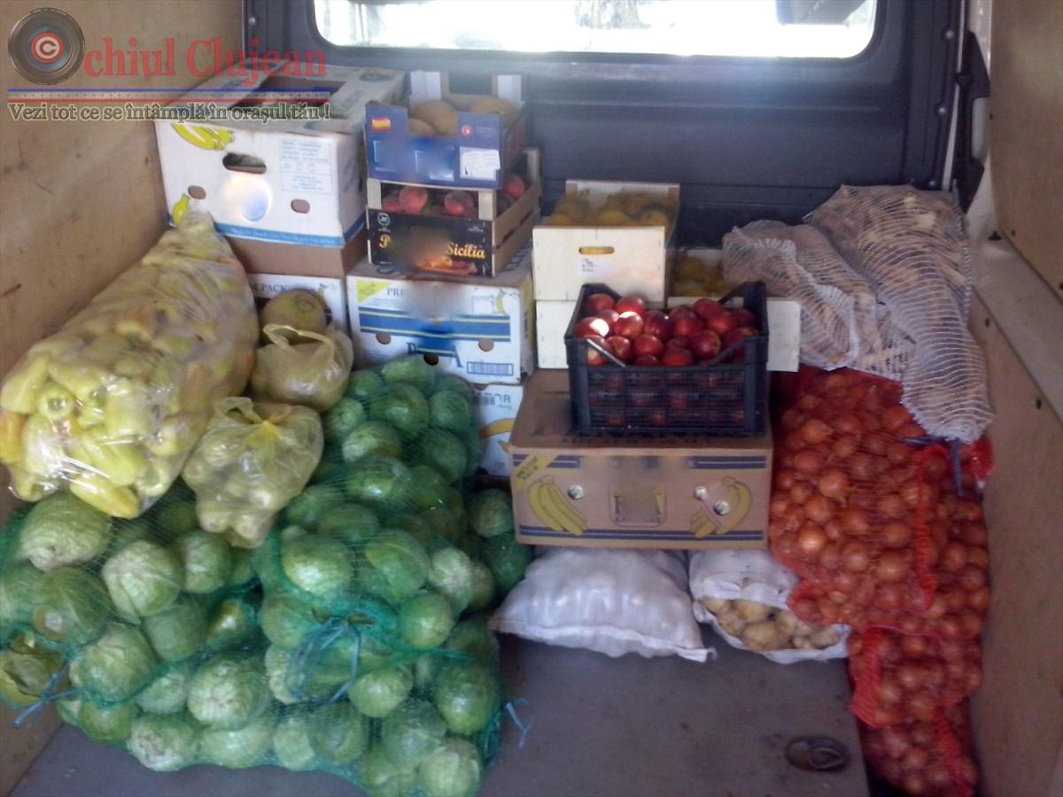 Circa 700 de kilograme de legume, confiscate de polițiștii clujeni