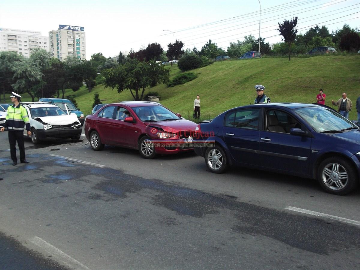 Accident în lanț în Florești! Trei persoane au ajuns la spital