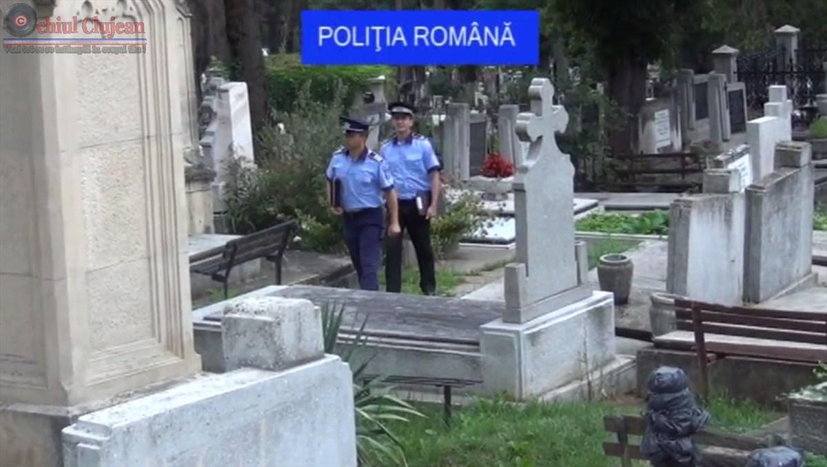 Razie in Cimitirul Central! Trei persoane nu si-au putut justifica prezenta in cimitir VIDEO