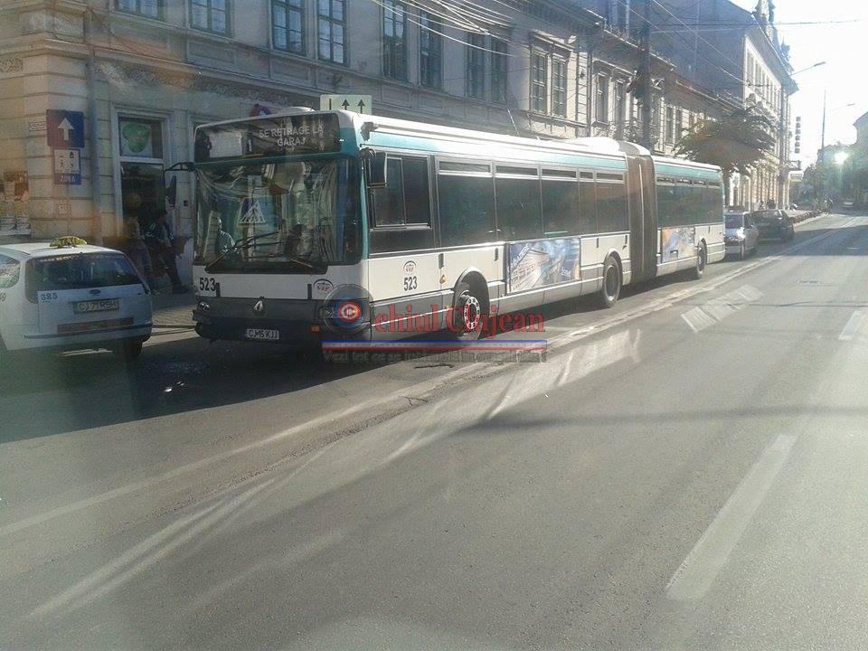 Un autobuz va circula pe un nou traseu din cauza numarului mic de calatori. Ce linie va suferi modificari