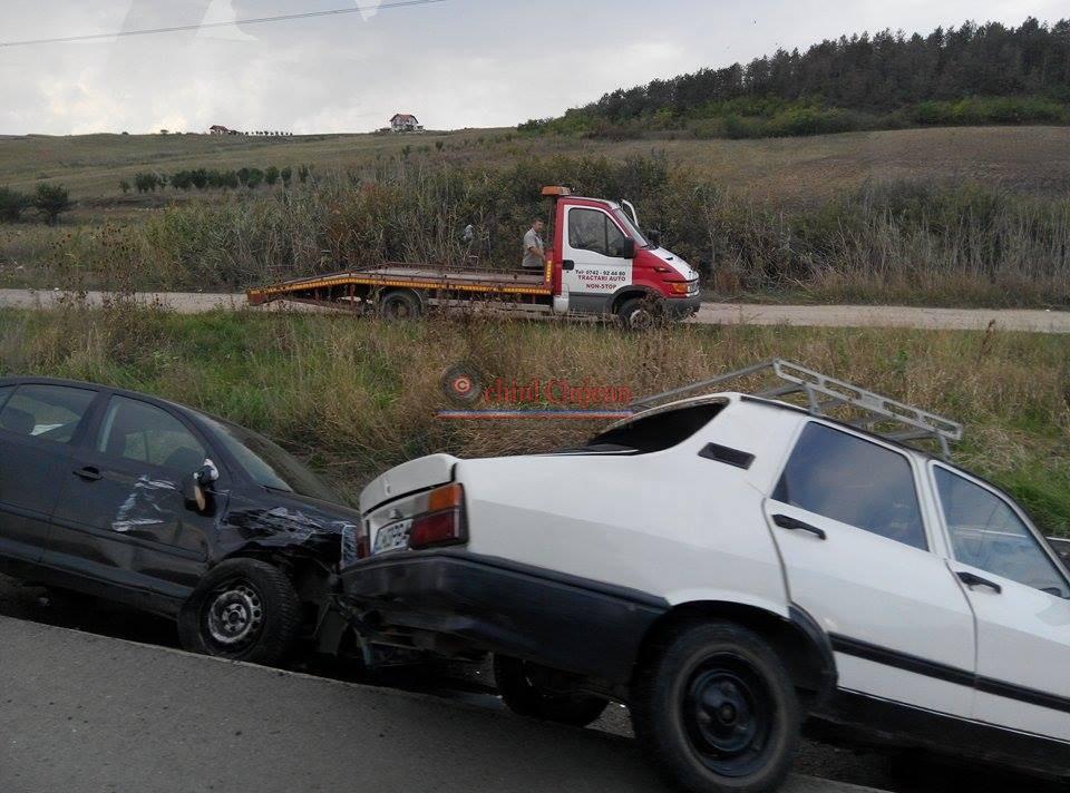 Accident langa Emerson! Doua autoturisme implicate.O persoana a fost ranita FOTO