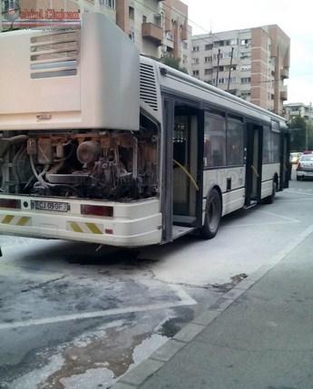 Panica intre calatori! Un autobuz a luat foc in Gheorgheni FOTO