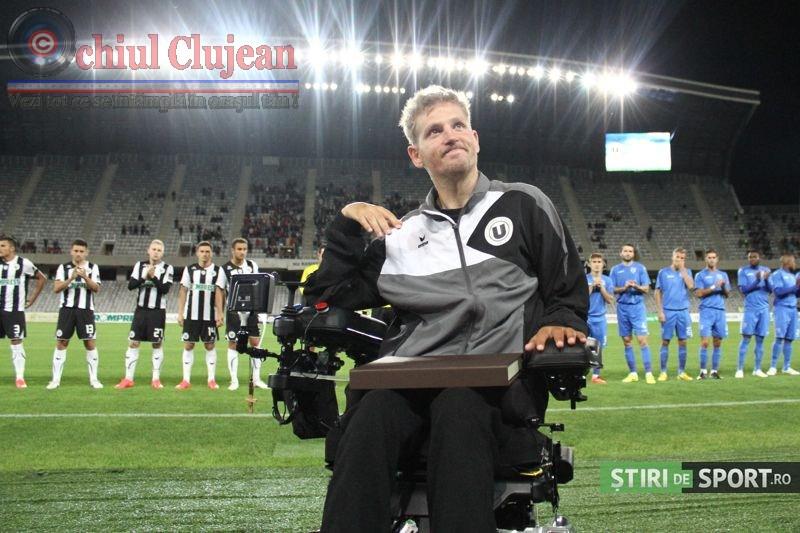 """Moment emotionant înainte de """"U"""" – Craiova! Nesu a fost aplaudat la scena deschisa pe Cluj Arena VIDEO"""