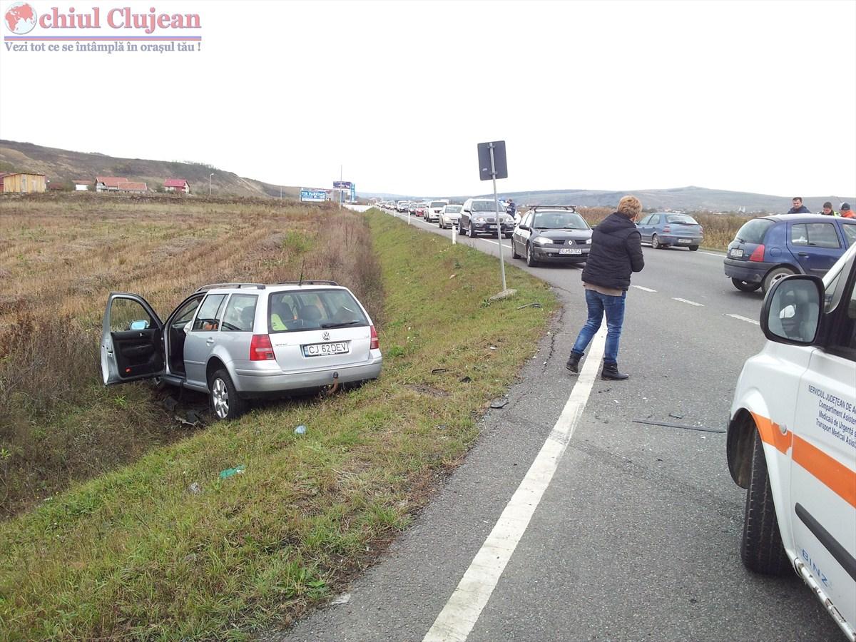 Accident pe centura Apahida! Un autoturism a ajuns in sant FOTO