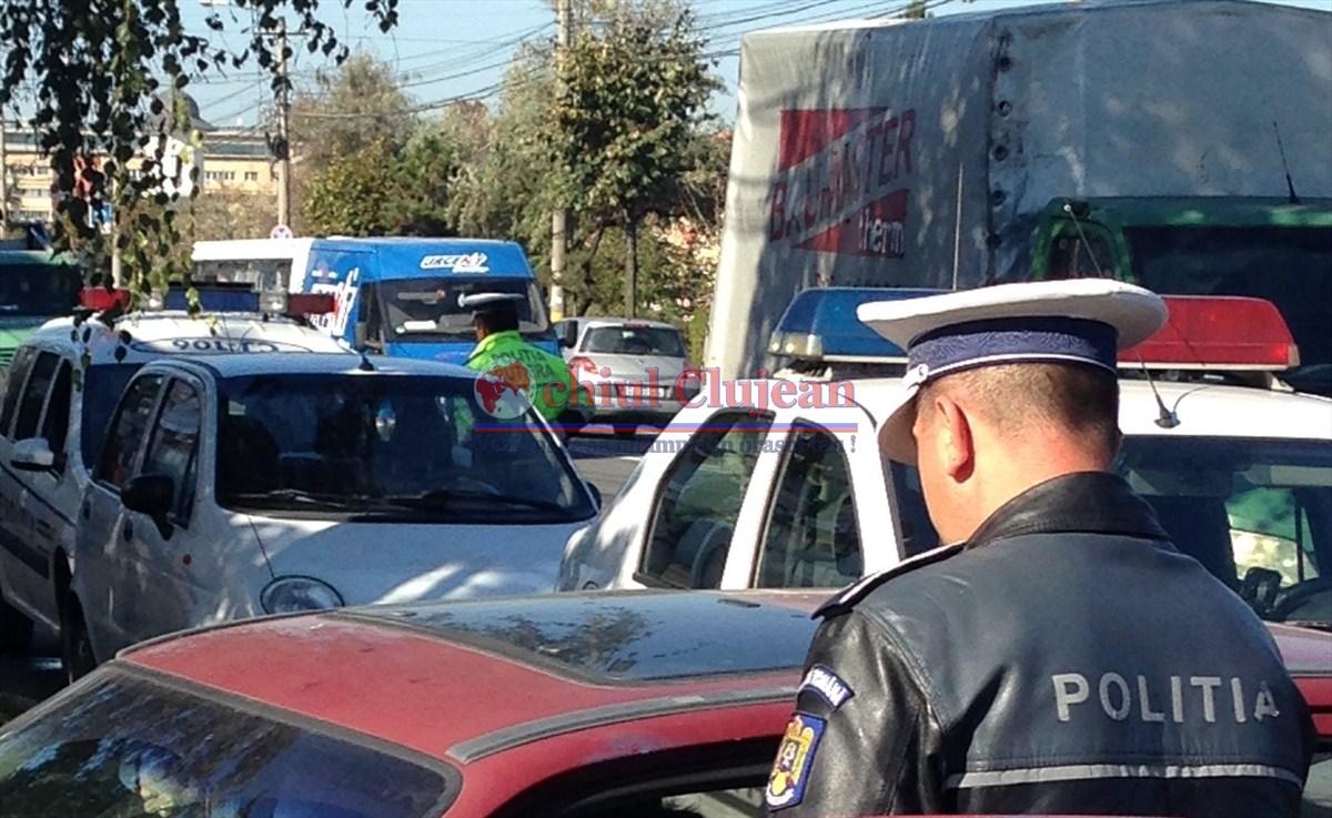 Tânăr prins cu substanță necunoscută în mașină în centrul Clujului