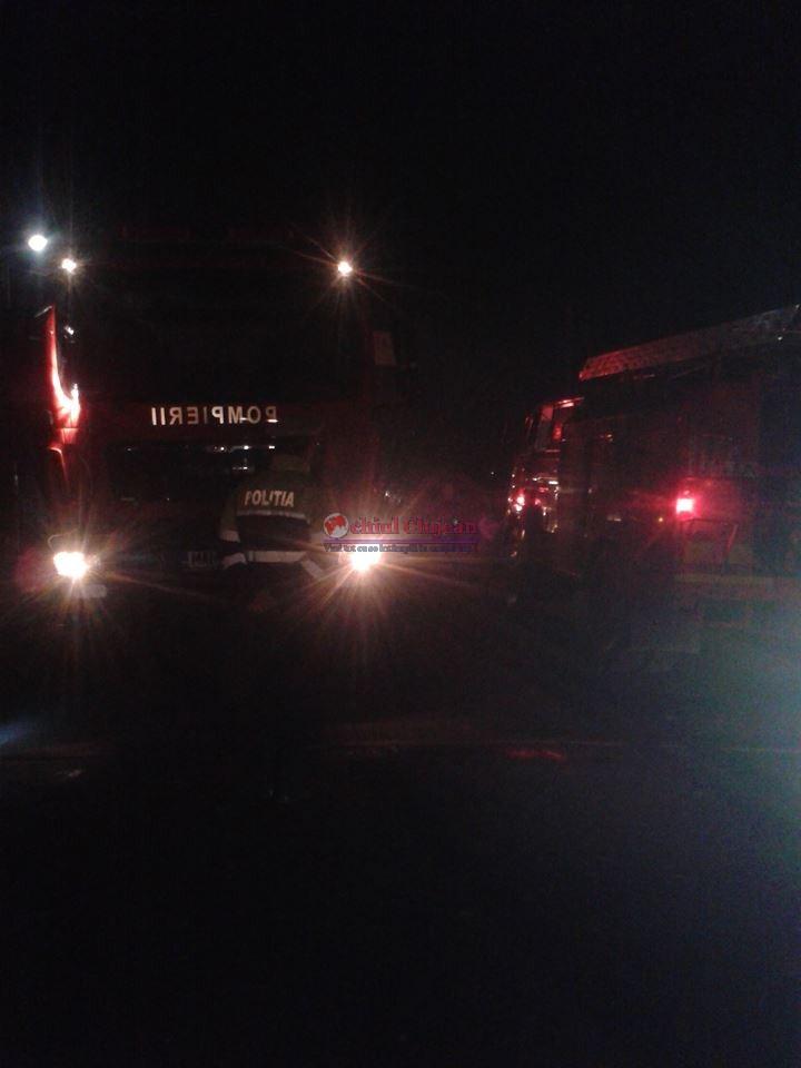 Incendiu in Baciu! UPDATE O casa fost distrusa de flacari din cauza unui scurtcircuit la o priza