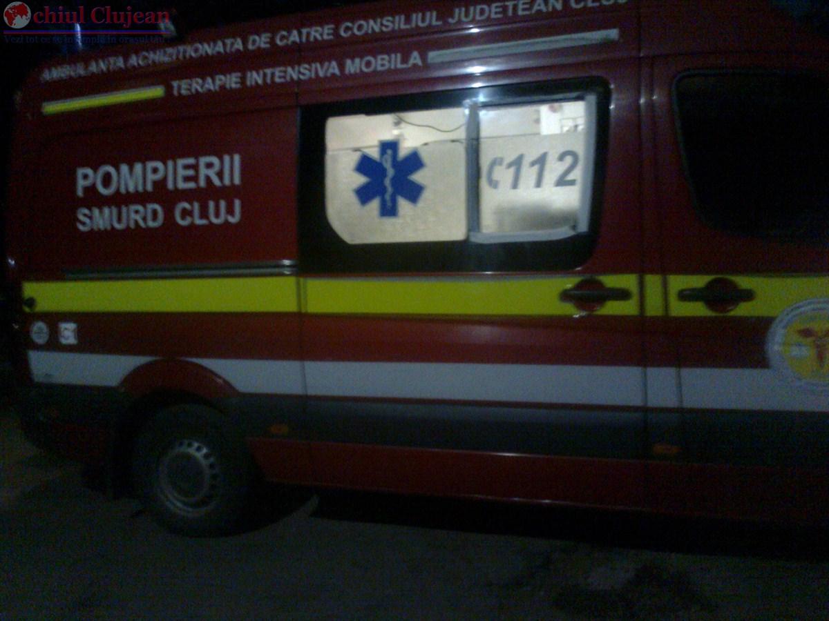 Barbat de 75 de ani ranit de un autoturism in timp ce traversa prin loc nepermis strada Albac