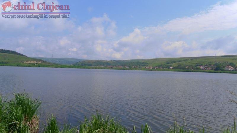 Tanar din Targu Mures, la un pas sa ajunga cu autoturismul intr-un lac din judetul Cluj