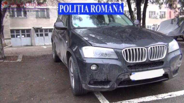 Hot de masini prins de politisti. Incerca sa vanda un autoturism furat din Germania intr-o benzinarie din Cluj  VIDEO