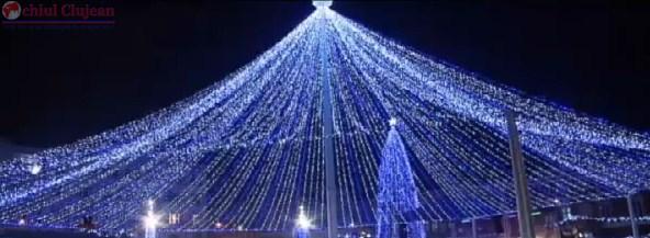 """Cluj: Concurs de idei """"Lights On"""": decorarea cu instalaţii luminoase a pieţei Mihai Viteazu. Participă și tu!"""