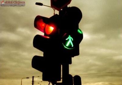 Doua semafoare noi au fost puse in functiune la Cluj-Napoca. Unde au fost amplasate