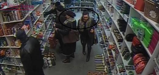 Doua femei, surprinse in timp ce furau gentile altor persoane intr-un magazin din Dej. Daca le recunosti suna la 112 VIDEO