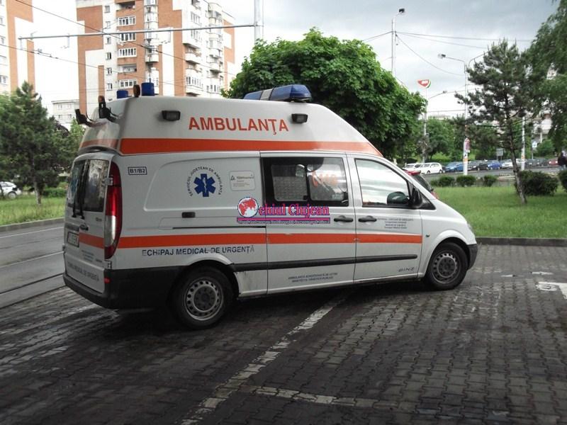 Clujeanca ranita grav de o autotutilitara in Manastur