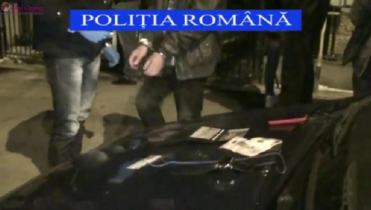Grup infractional specializat in furturi din locuinte, destructurat de politistii clujeni VIDEO