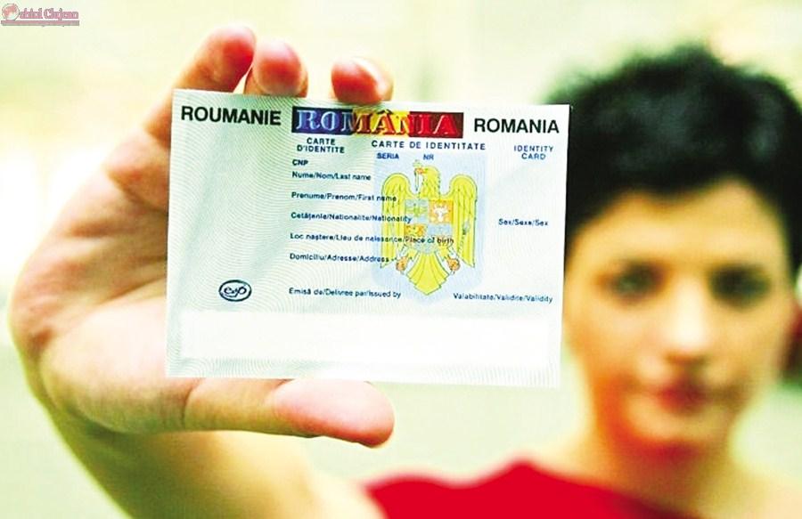 Preluarea documentelor pentru întocmirea cărților de identitate la Baciu