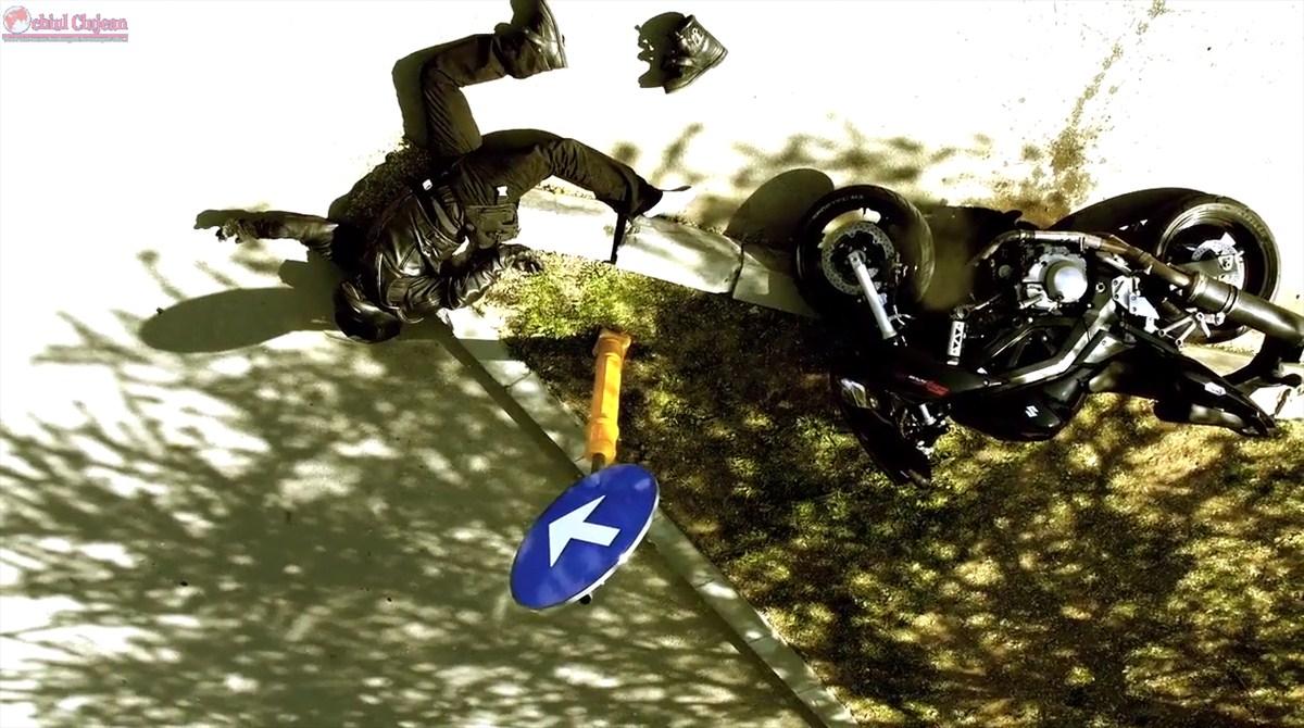 Accident pe Moților! Un motociclist a fost lovit de un autoturism