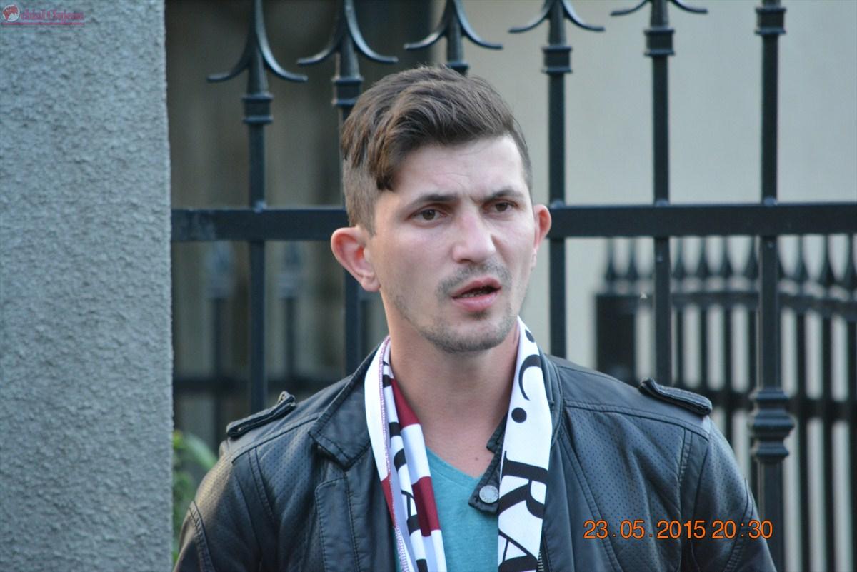 Cluj: Suporter rapidist reţinut 24 de ore pentru lovirea unui jandarm VIDEO