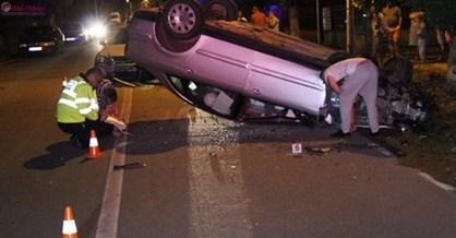 Accident în Gherla! O mașină s-a răsturnat VIDEO