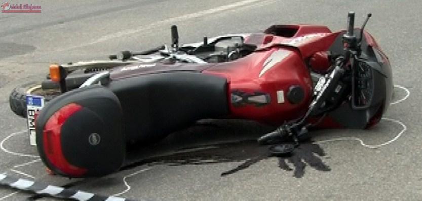 Motociclist spulberat de un autoturism, în Căpușu Mare. Șoferul era băut