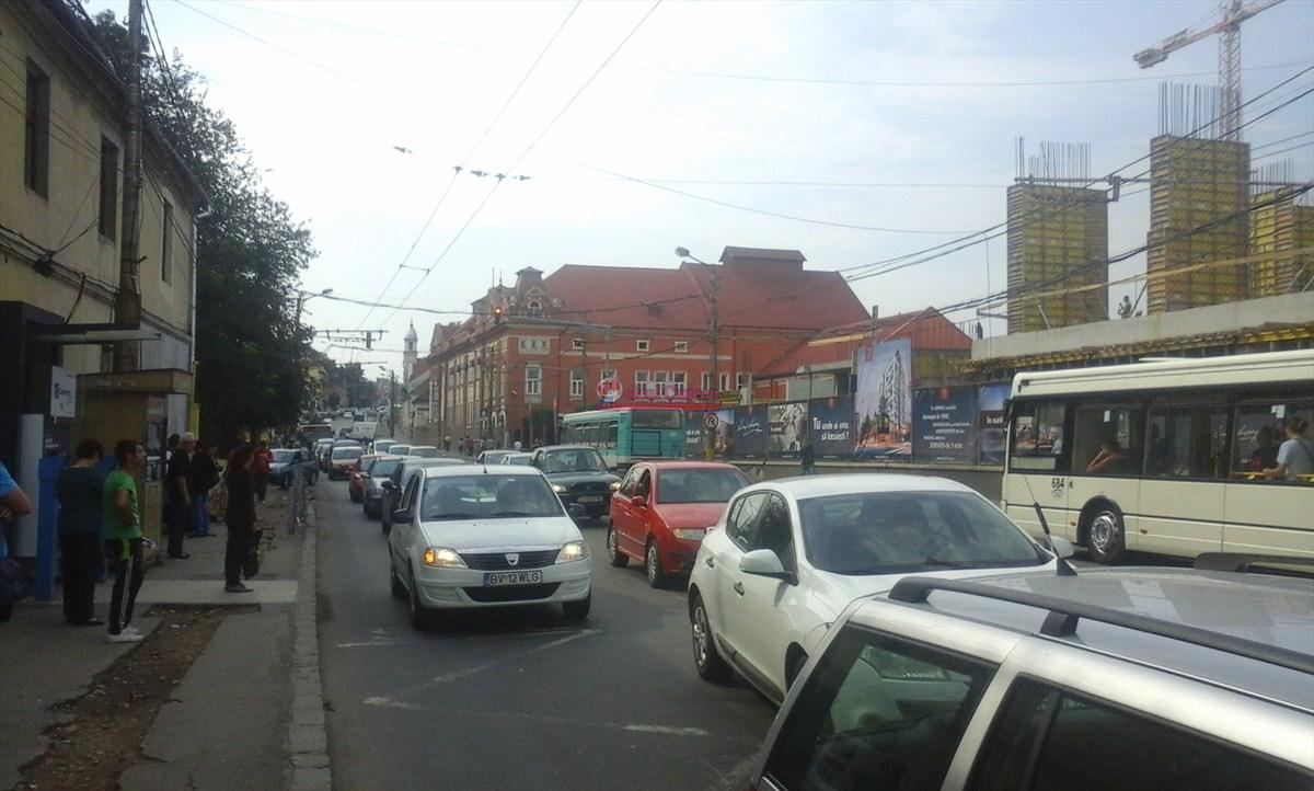 Noi măsuri instituite pentru desfășurarea traficului în Cluj-Napoca