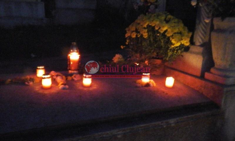 Cluj-Napoca: Amplasamentele aprobate pentru comercializarea florilor şi lumânărilor cu ocazia zilei de 1 noiembrie