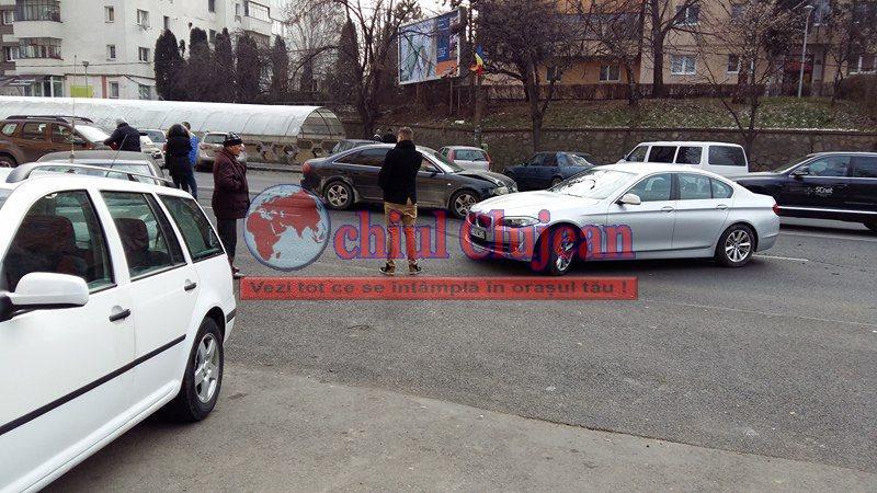 Două mașini s-au ciocnit pe Calea Florești – FOTO- VIDEO