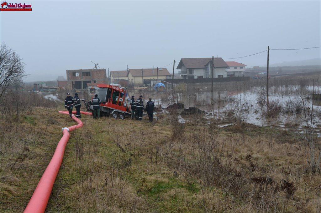 Inundații în Cluj-Napoca. Intervenție de urgență în zona Sopor  FOTO