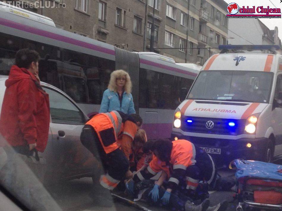 Accident pe strada Horea! Femeie accidentată de o mașină pe trecere de pietoni