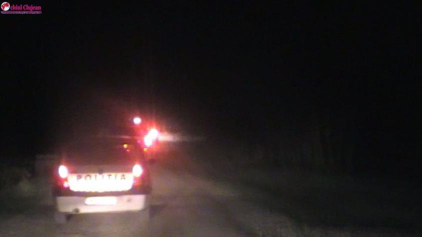 ȘOCANT! Un tânăr și-a târât iubita după mașină