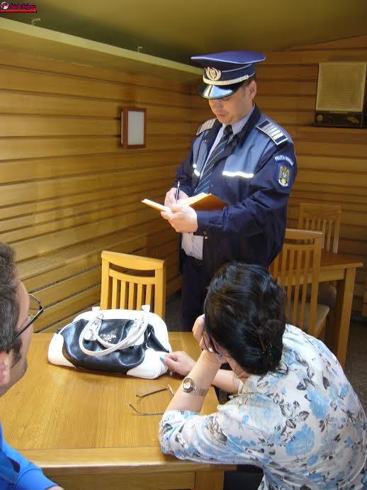 Acțiuni ale polițiștilor pentru prevenirea absenteismului școlar, a violenței și respectarea măsurilor de securitate în școli