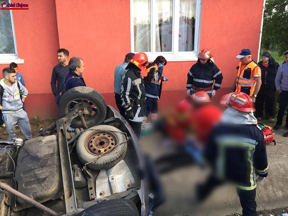 Accident MORTAL în Reteag! Un autoturism a ajuns în șanț, iar o persoană a decedat FOTO-VIDEO