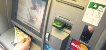 O clujeancă a dat dovadă de spirit civic după ce a găsit o sumă de bani la un bancomat din Mărăști