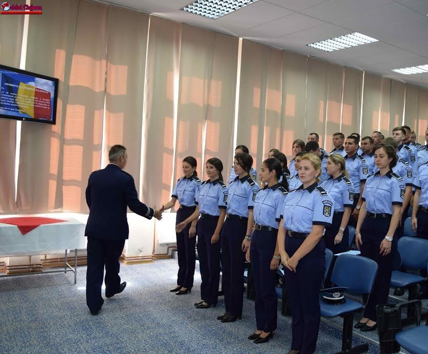 31 de polițiști încadrați din sursă externă la IPJ Cluj au depus astăzi Jurământul de Credinţă FOTO